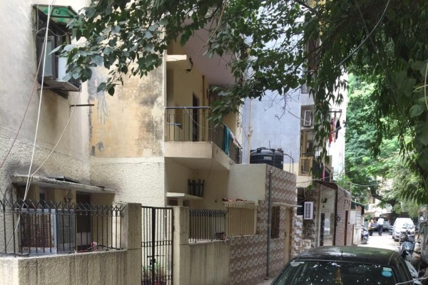 1 BHK FLAT FOR SALE IN NEW DELHI